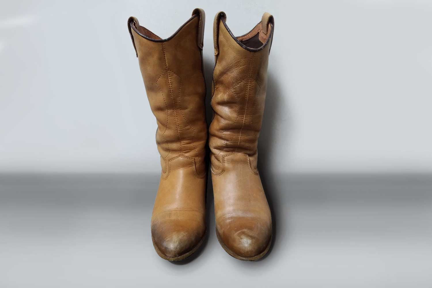 https://leather-pro.com/wp-content/uploads/2018/05/news_sacha_boots_before_1500.jpg